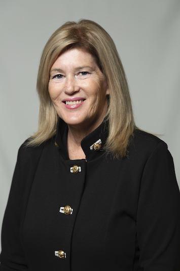 Debbie  Askew